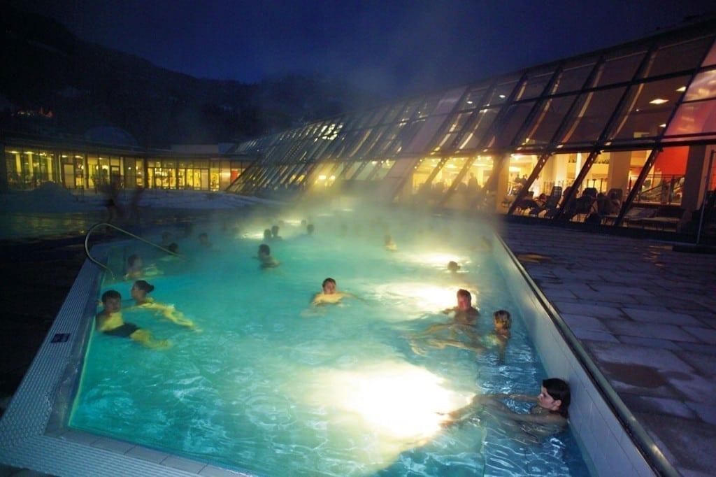 Alpentherme gastein n he zum hotel v lserhof - Bad homburg swimming pool ...